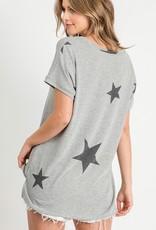 wildflower star print v neck tee