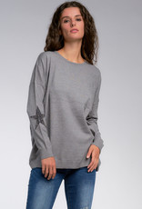 ONE SIZE CREW NECK SWEATER OVERISZED WITH STARS ON ELBOW