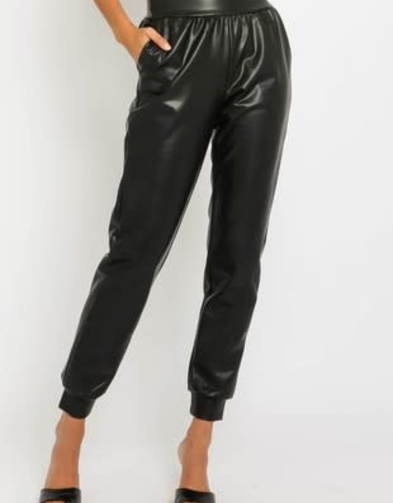 stardust Faux leather jogger w/elasticized waistband