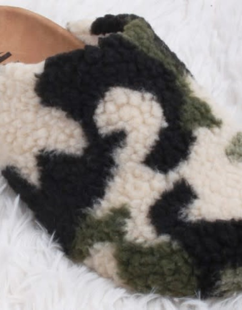 wildflower Womens camo fuzzy sherpa mule slippers