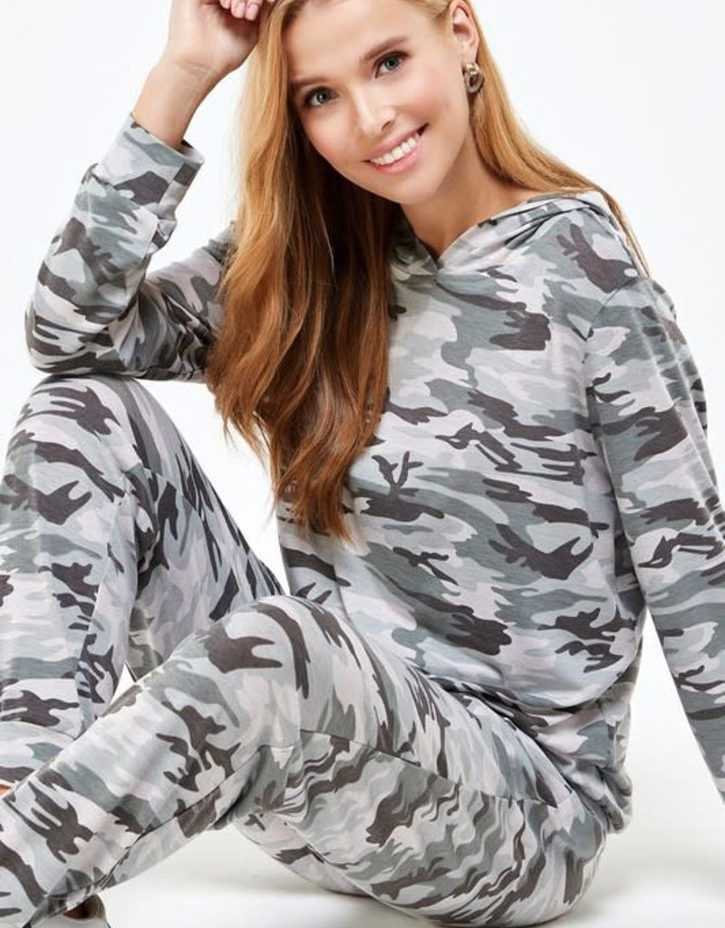 stardust Camouflage Hooded Pullover and Pant Set