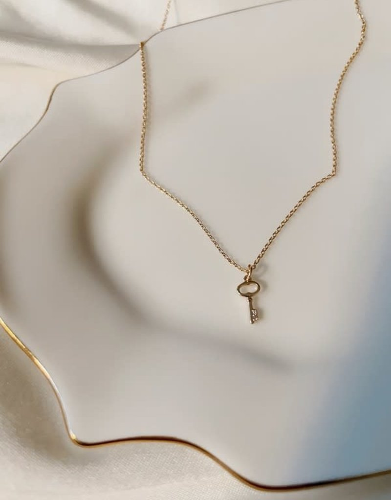 Stardust Jewellery mini key necklace 18 inch and pendant - 14k gold filled