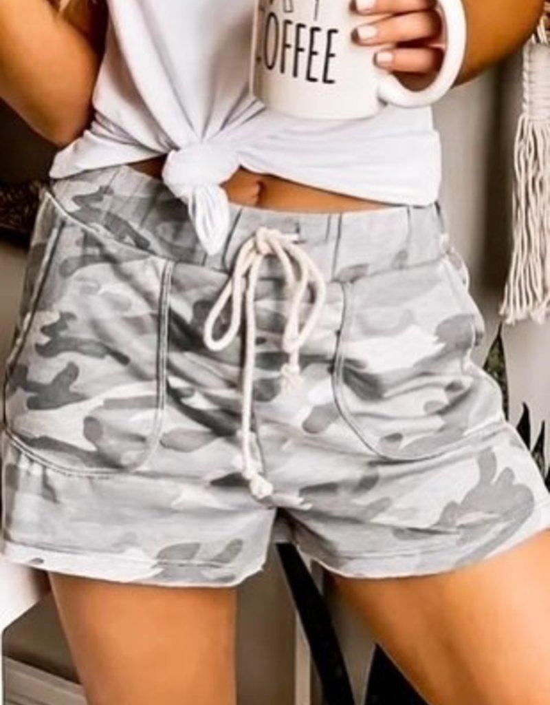 wildflower camo sport shorts