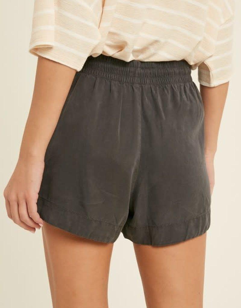 wildflower tencel drawstring shorts