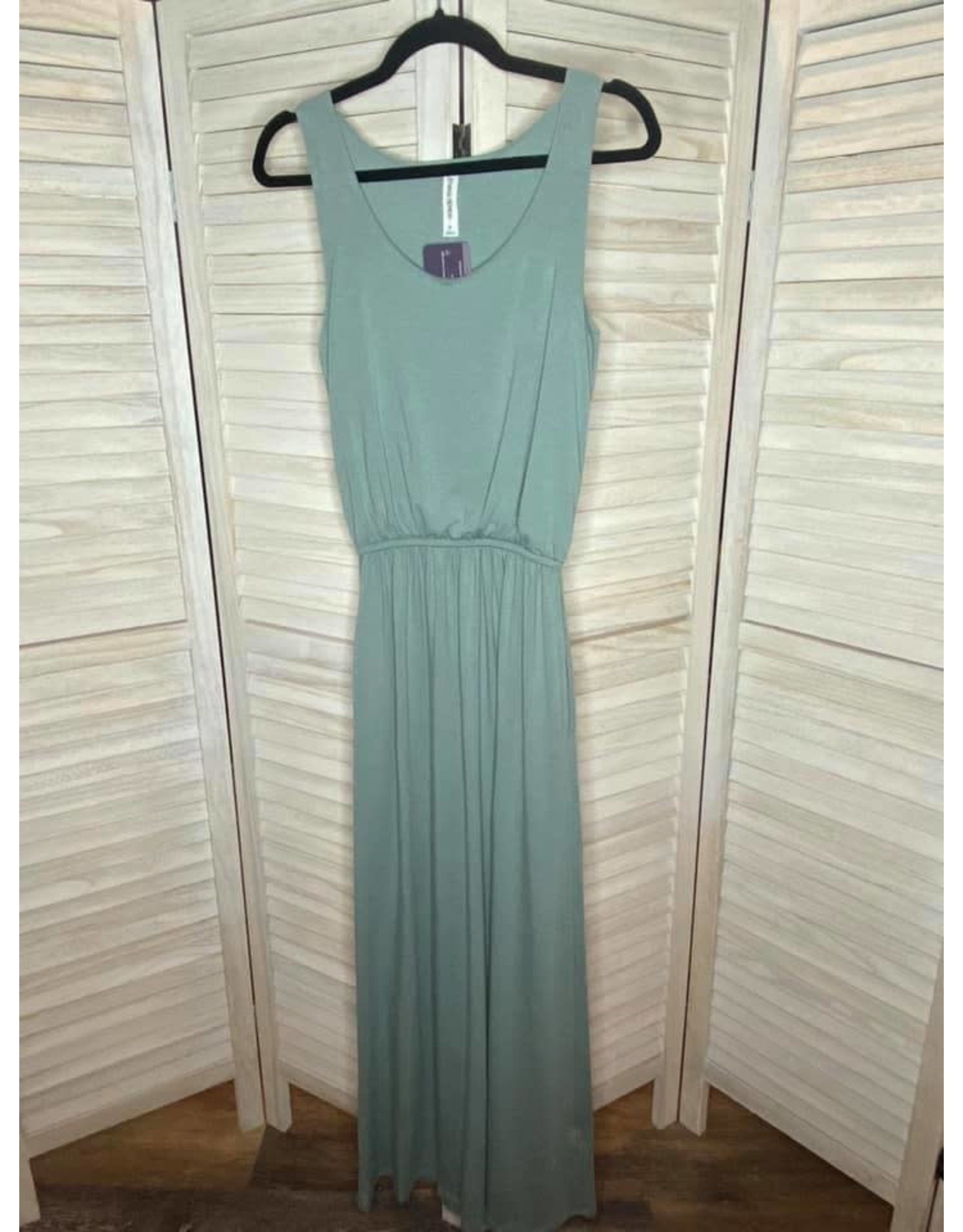 Zenana Light Green Sleeveless Maxi Dress with Tie Waist
