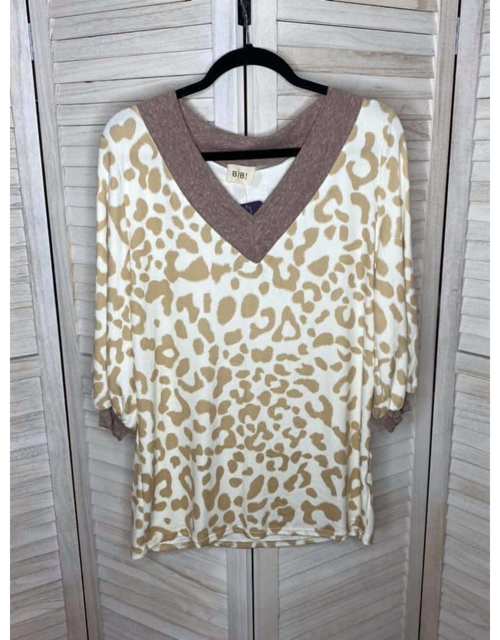 Macaron Leopard V-Neck with Puffed Elastic Sleeves