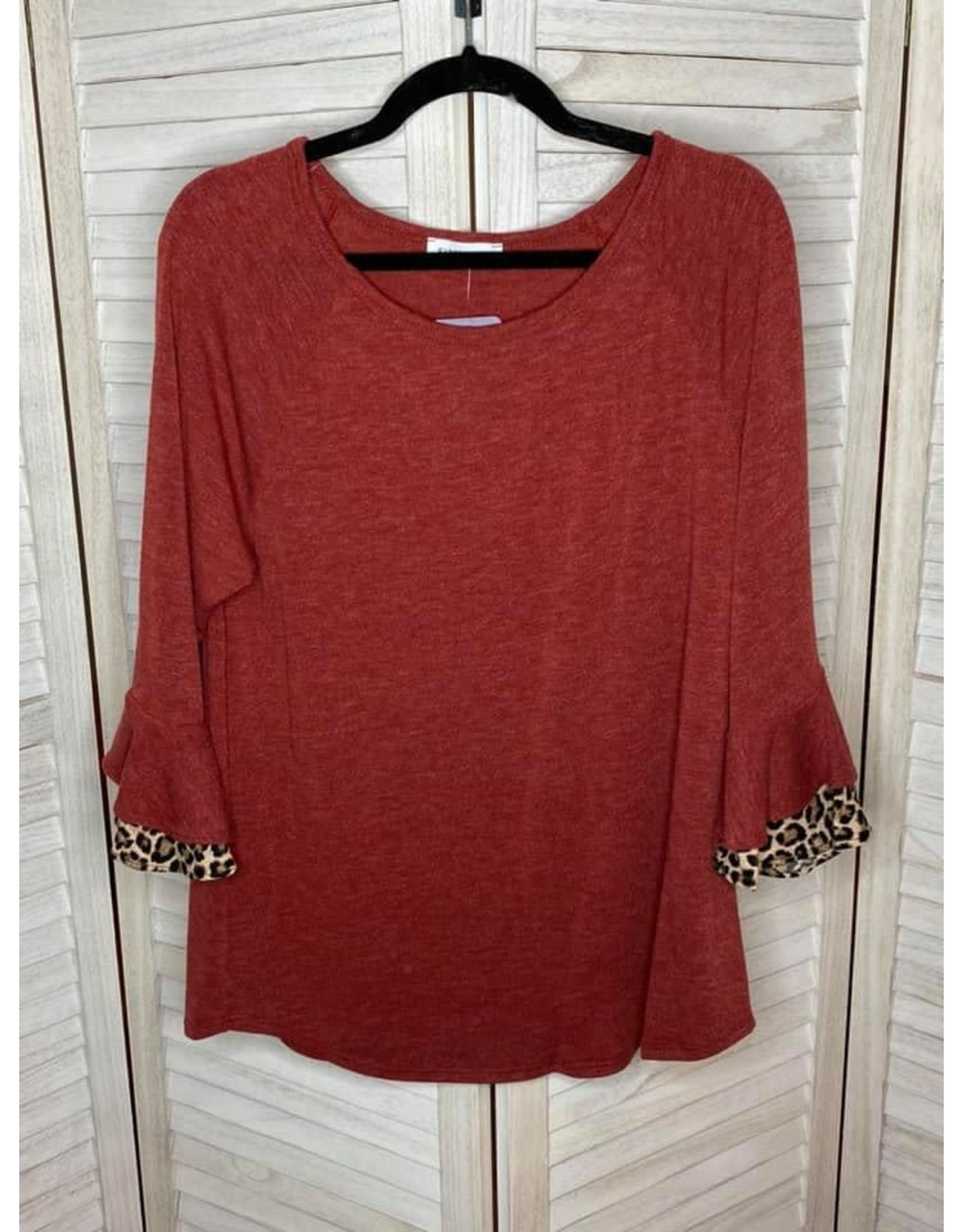 First Love Leopard Point Ruffle Sleeves Kit Top