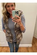 Zenana Camo hoodie vest
