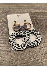 What's Hot Black  and white  with gold open circle earrings