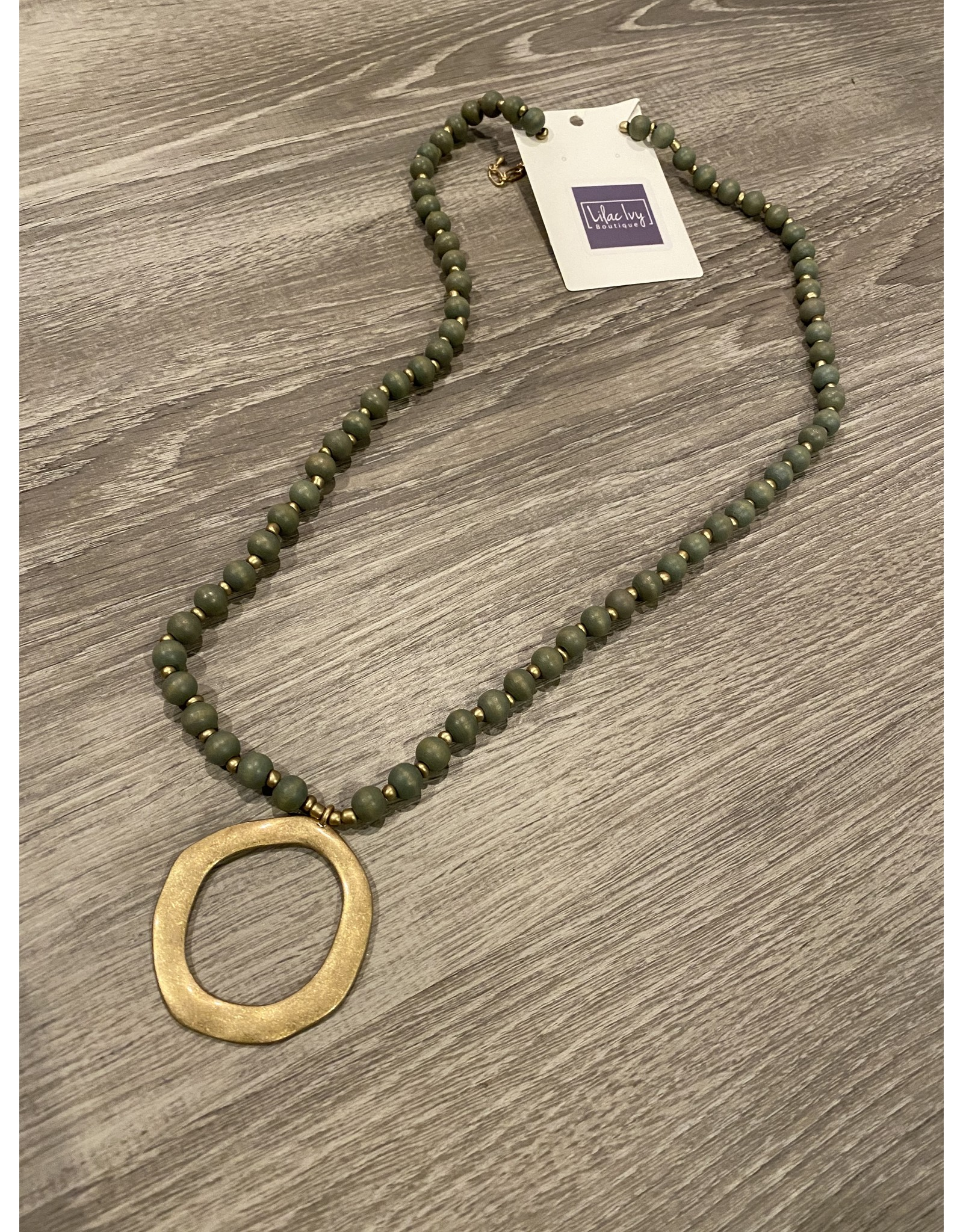 What's Hot Gray wood Beaded necklace