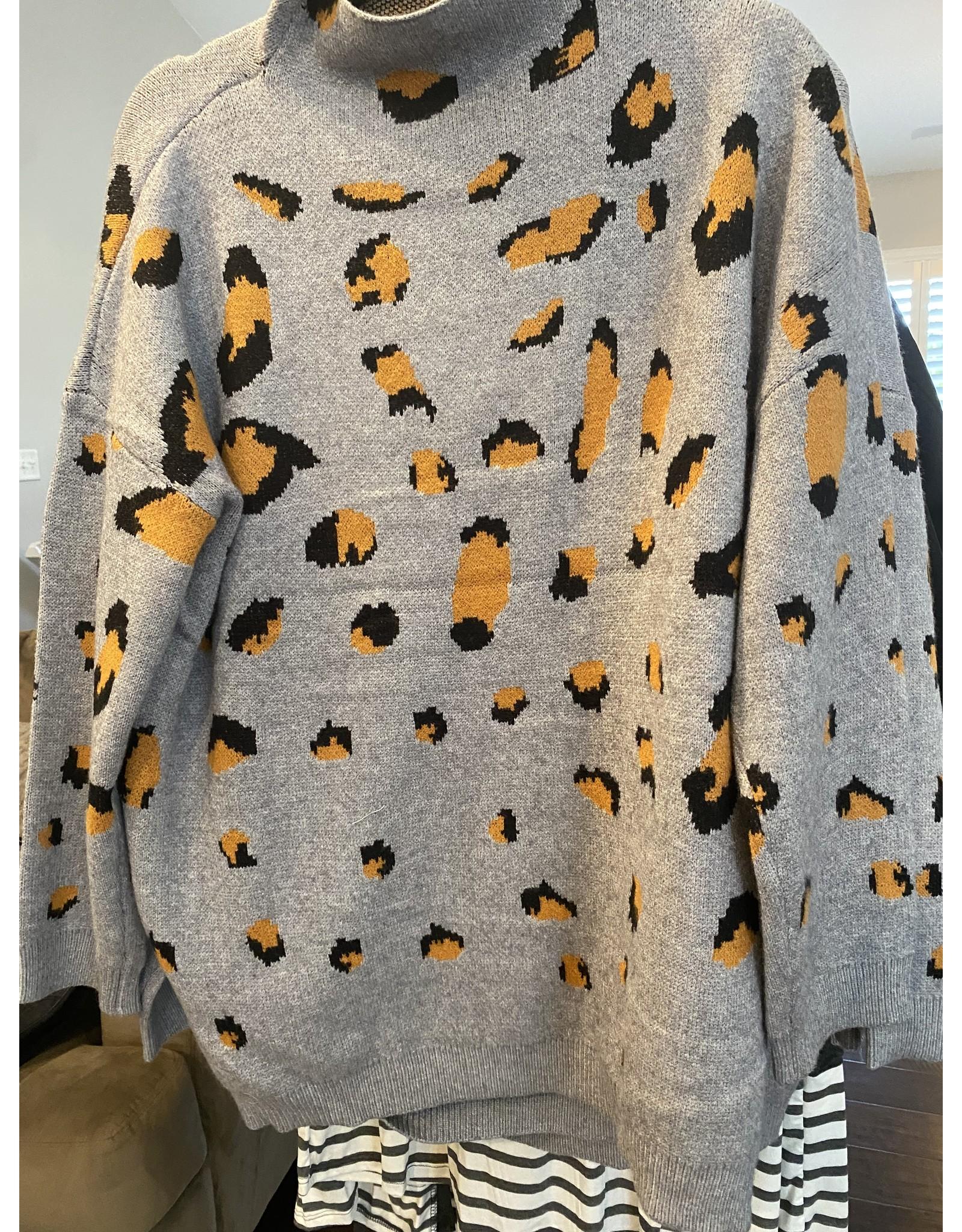 CY Fashion Turtleneck leopard print sweater