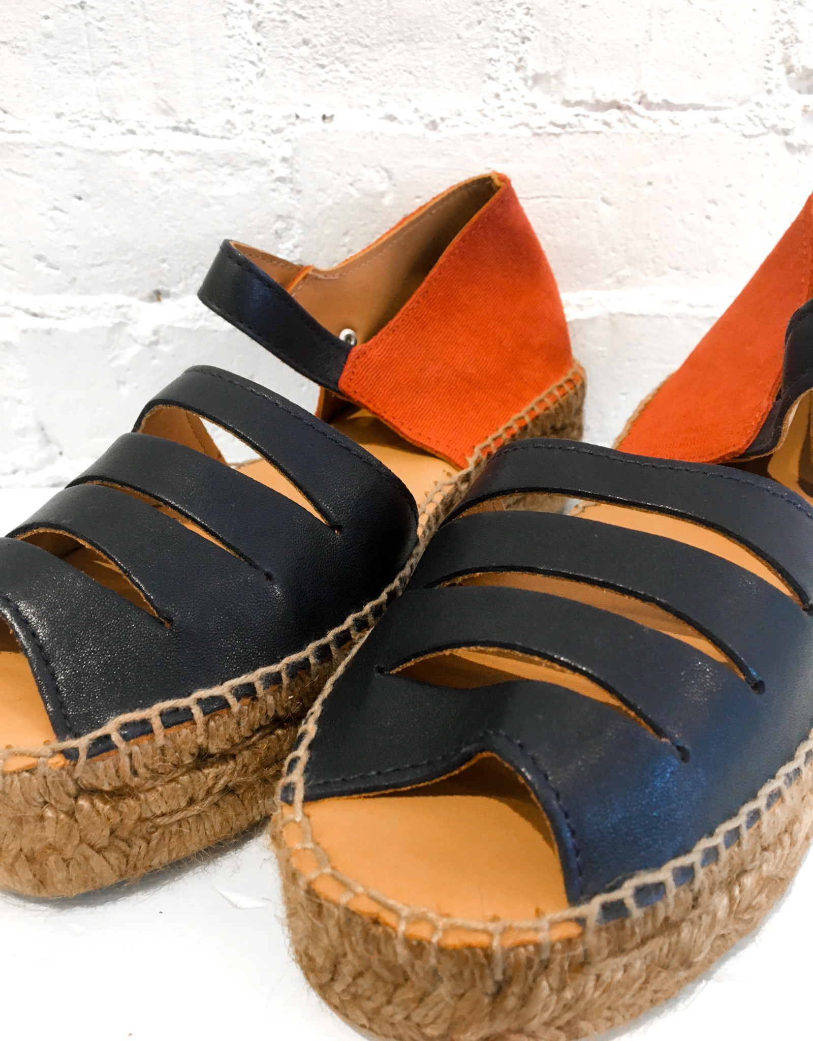 Naguisa Silencio Sandals