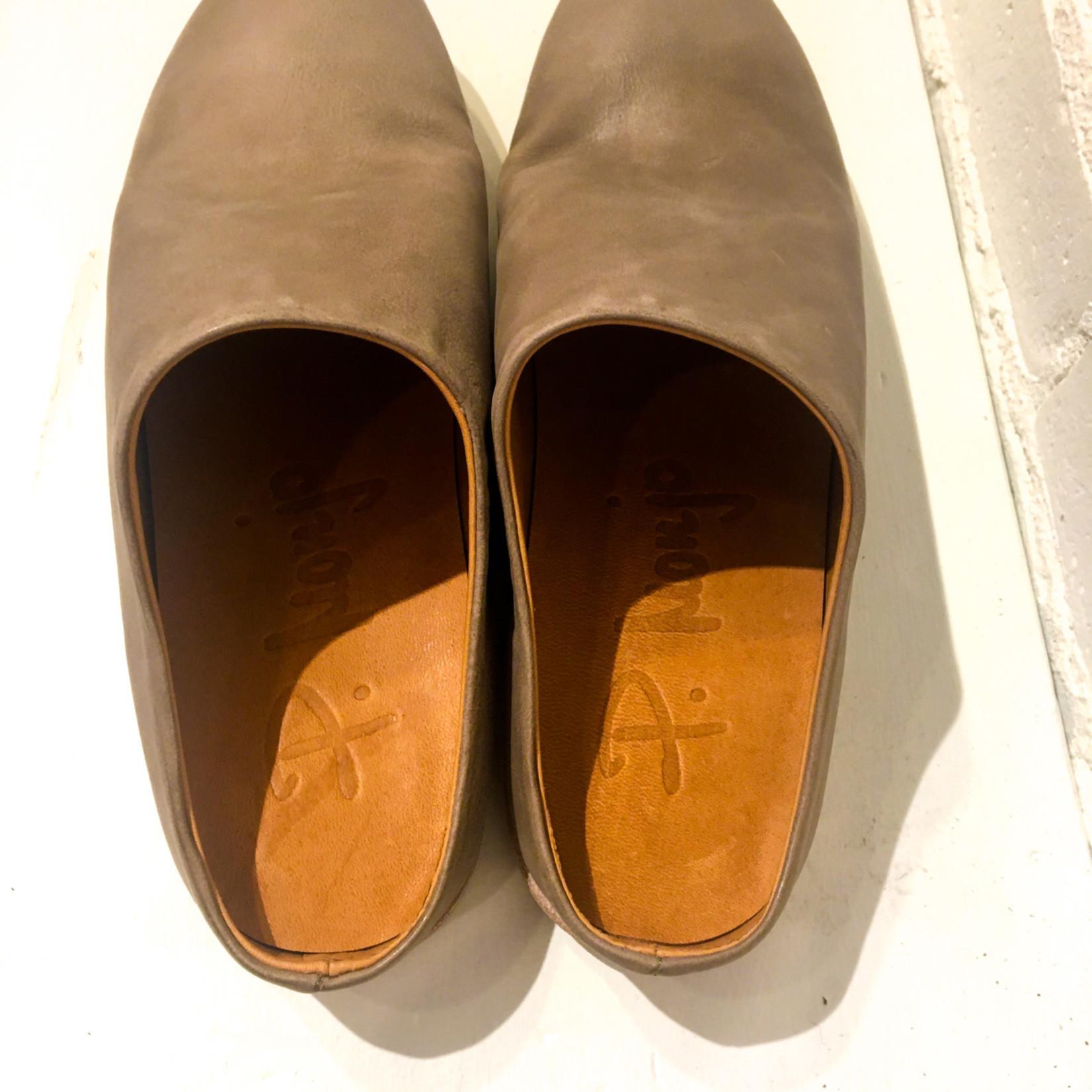 P. Monjo Todi Piedra Slip On Shoes