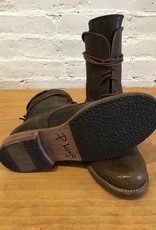 P. Monjo Baker Boot