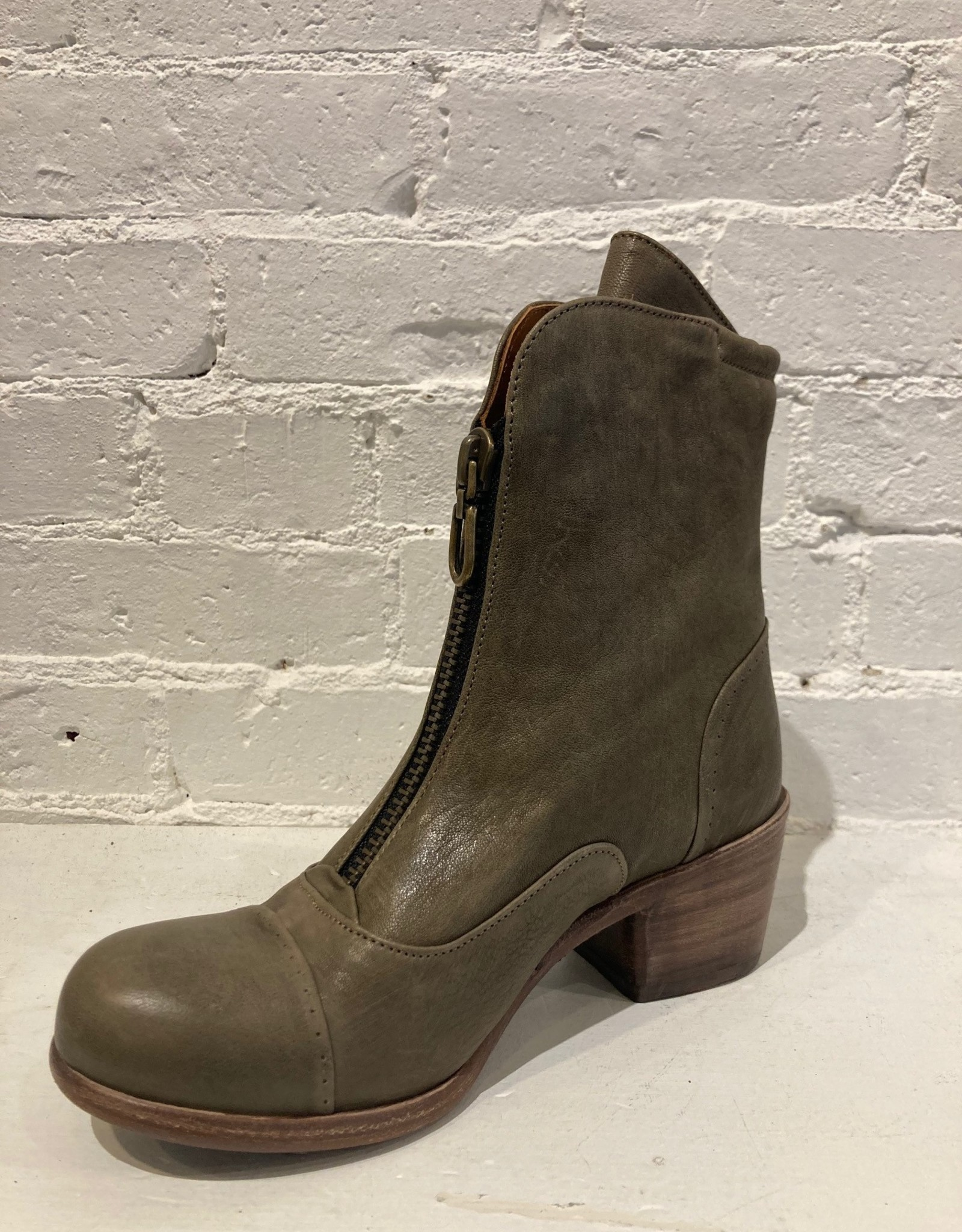 P. Monjo P Monjo Zip front Blur Boot size 36