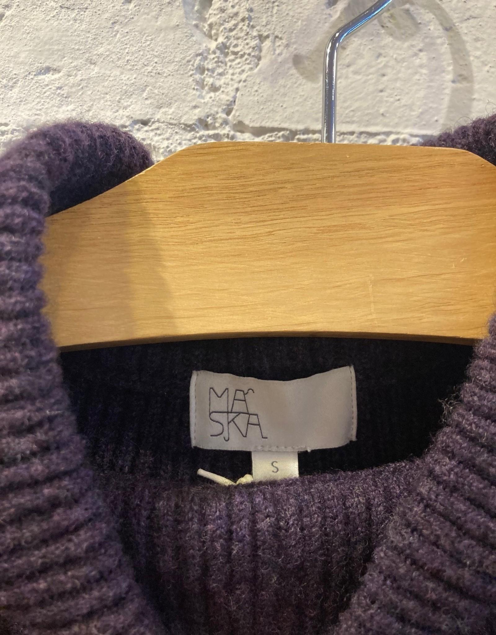 Maska Maska: Aubergine  Ribbed Sweater