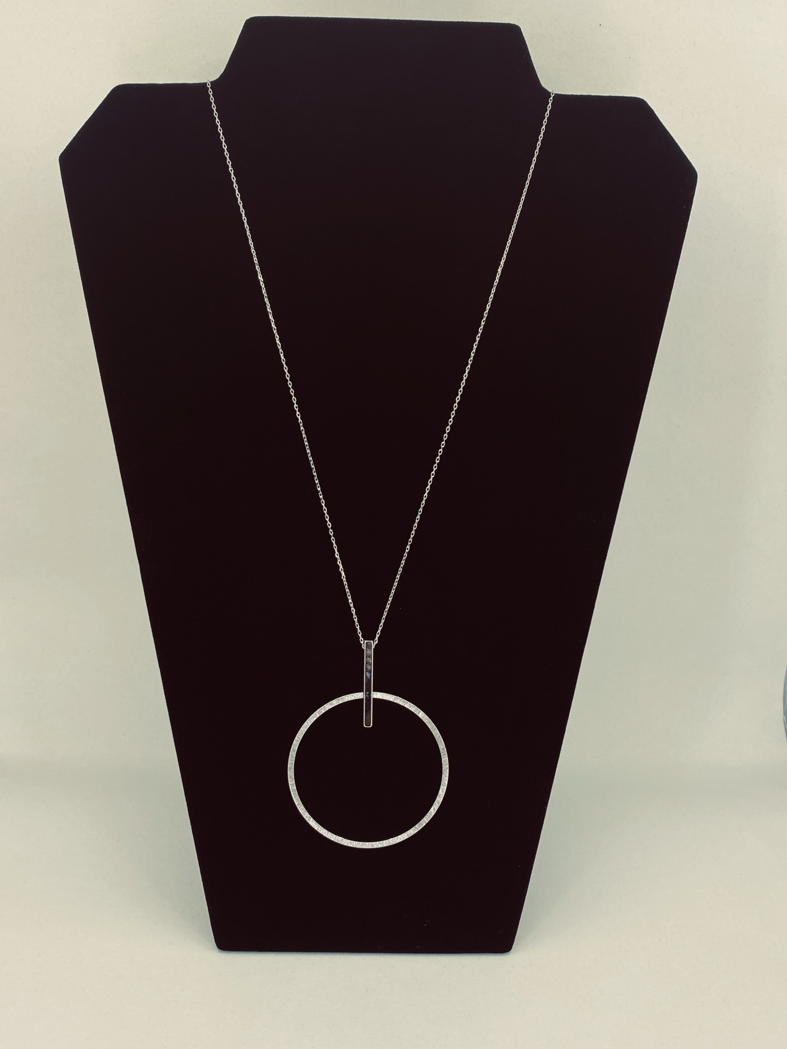 ETCHED OPEN CIRCLE WITH SMALL BAR(SILVER)