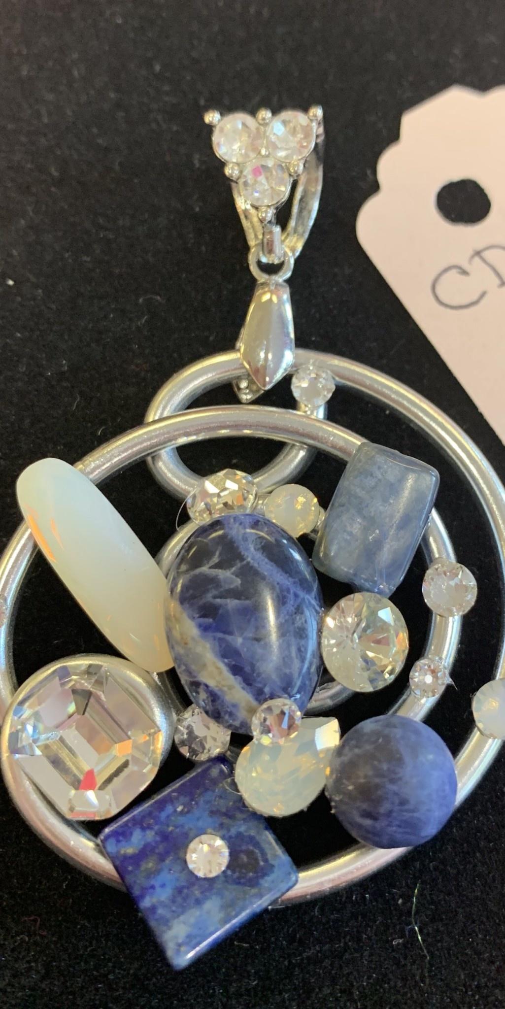 Custom Pendant Necklace Set