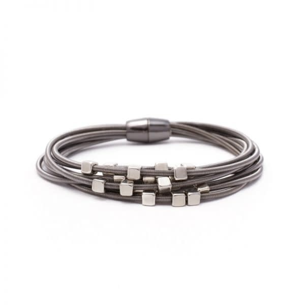 Magnetic clasp Bracelet / Pewter strands with Silver cubes