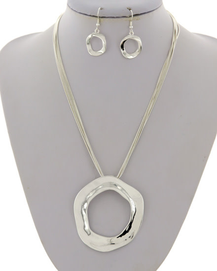 NECKLACE & EARRING SET - SILVER