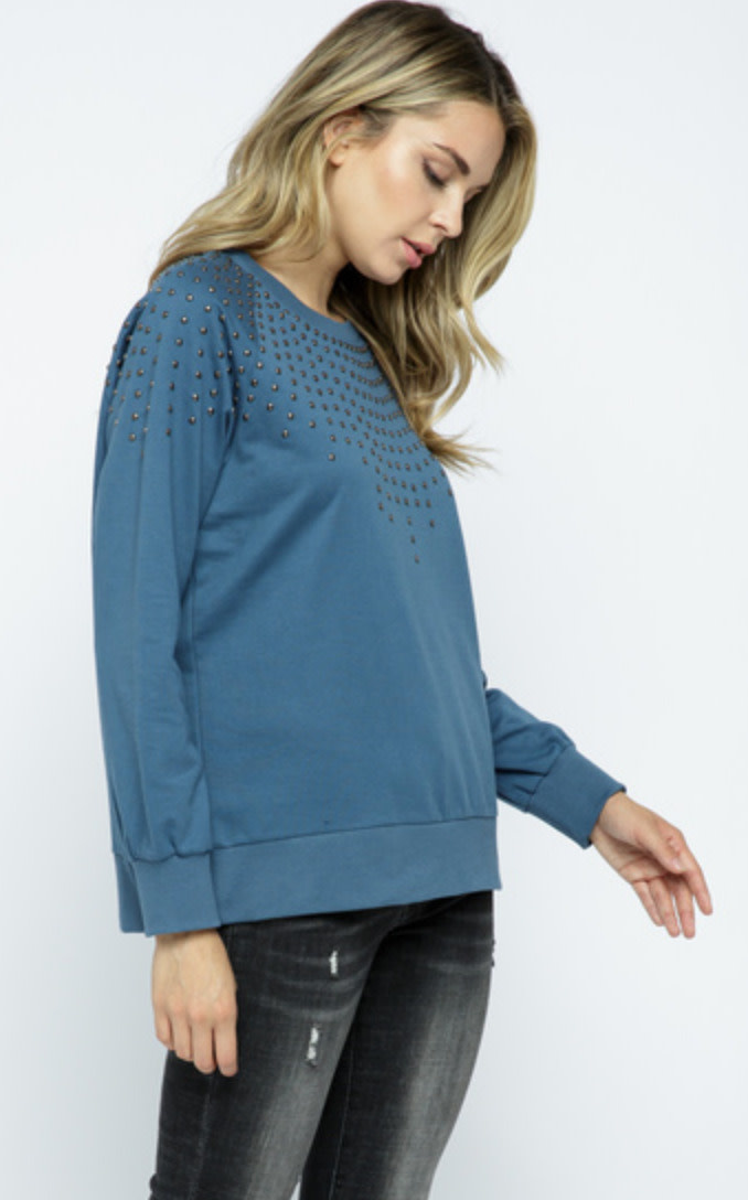 LONG SLEEVE PULLOVER TOP WITH STUDS