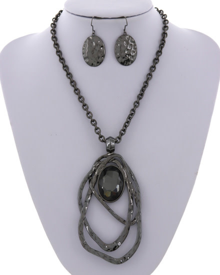 NECKLACE & EARRING SET - HEMATIES/DARK BLACK