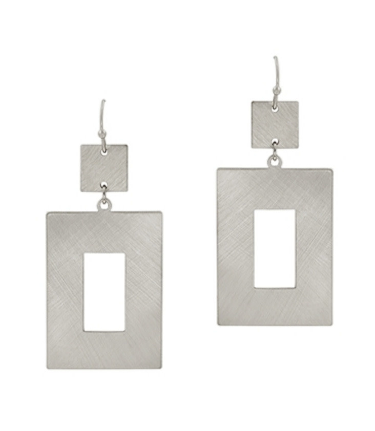 MATTE SILVER OPEN RECTANGLE EARRING QE2772MS
