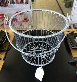 Metal Peck Basket