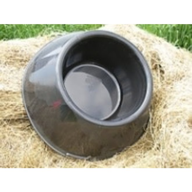 K&D Equestrian Ground Feeder 18 Quart