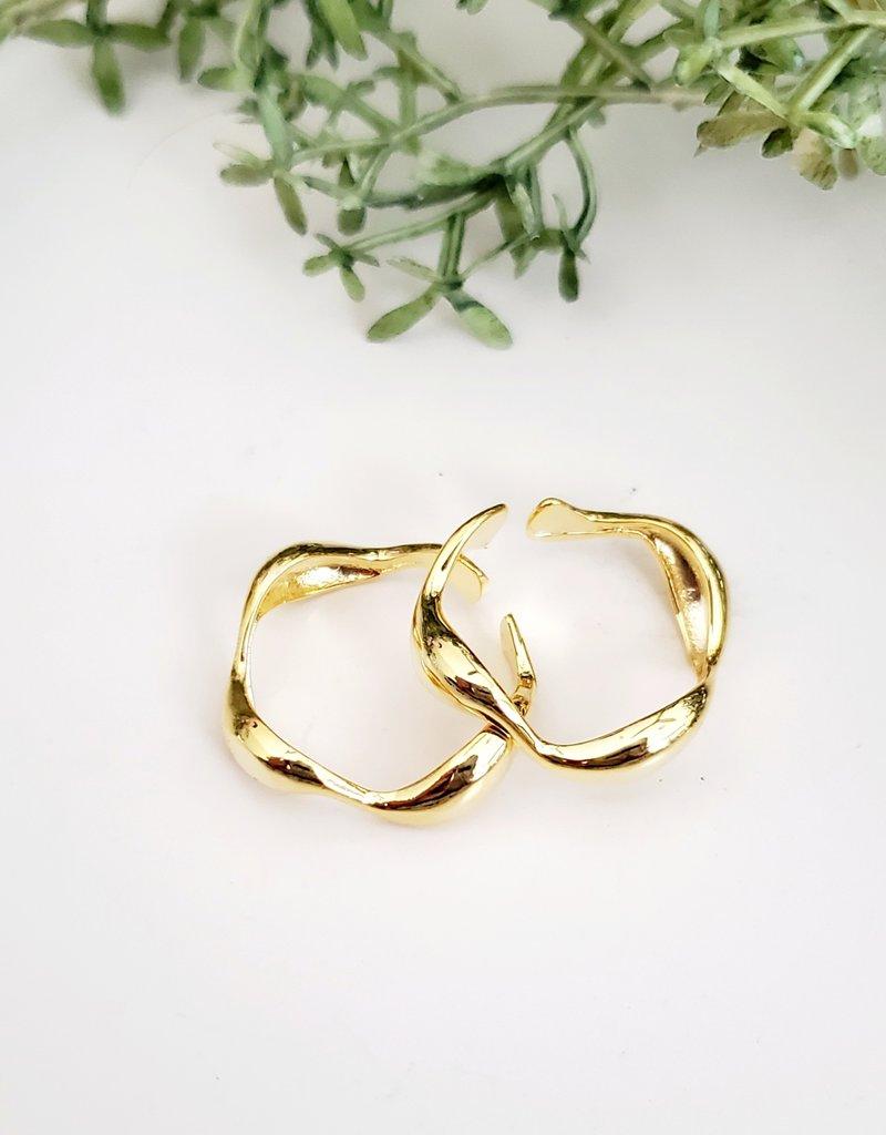 LDayDesigns Wavy Ring