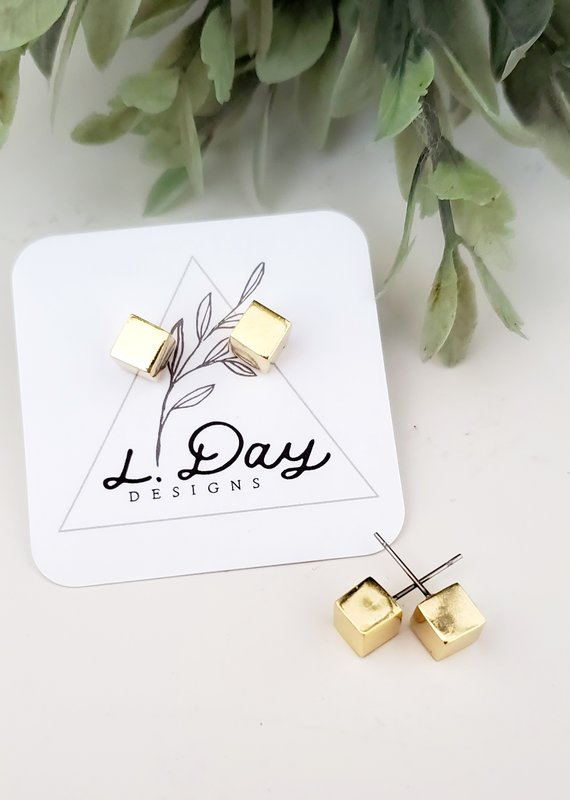 LDayDesigns Cube Studs / Gold