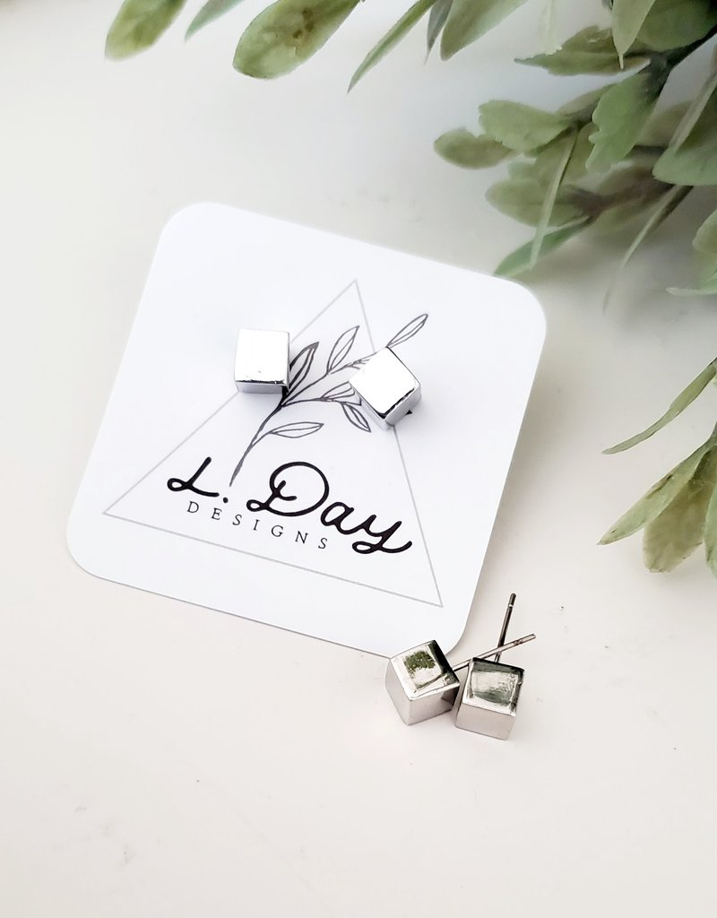 LDayDesigns Cube Stud / Silver