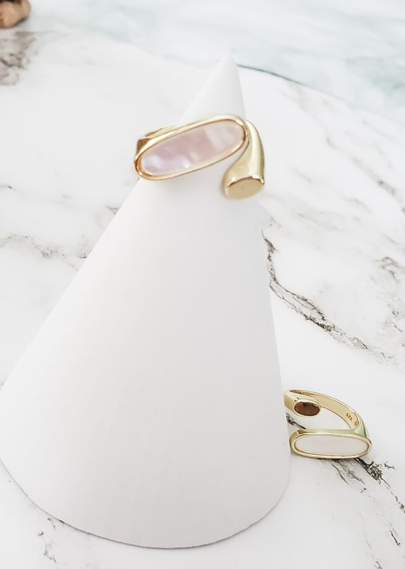 LUX Twisted Shell Ring