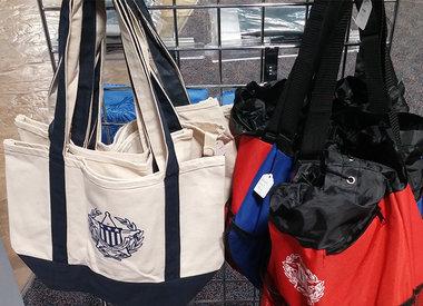Handbags, Wallets & Totes