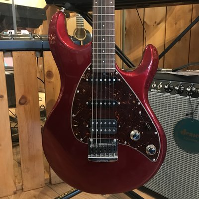 Consignment Consignment Ernie Ball Silhouette Special Red