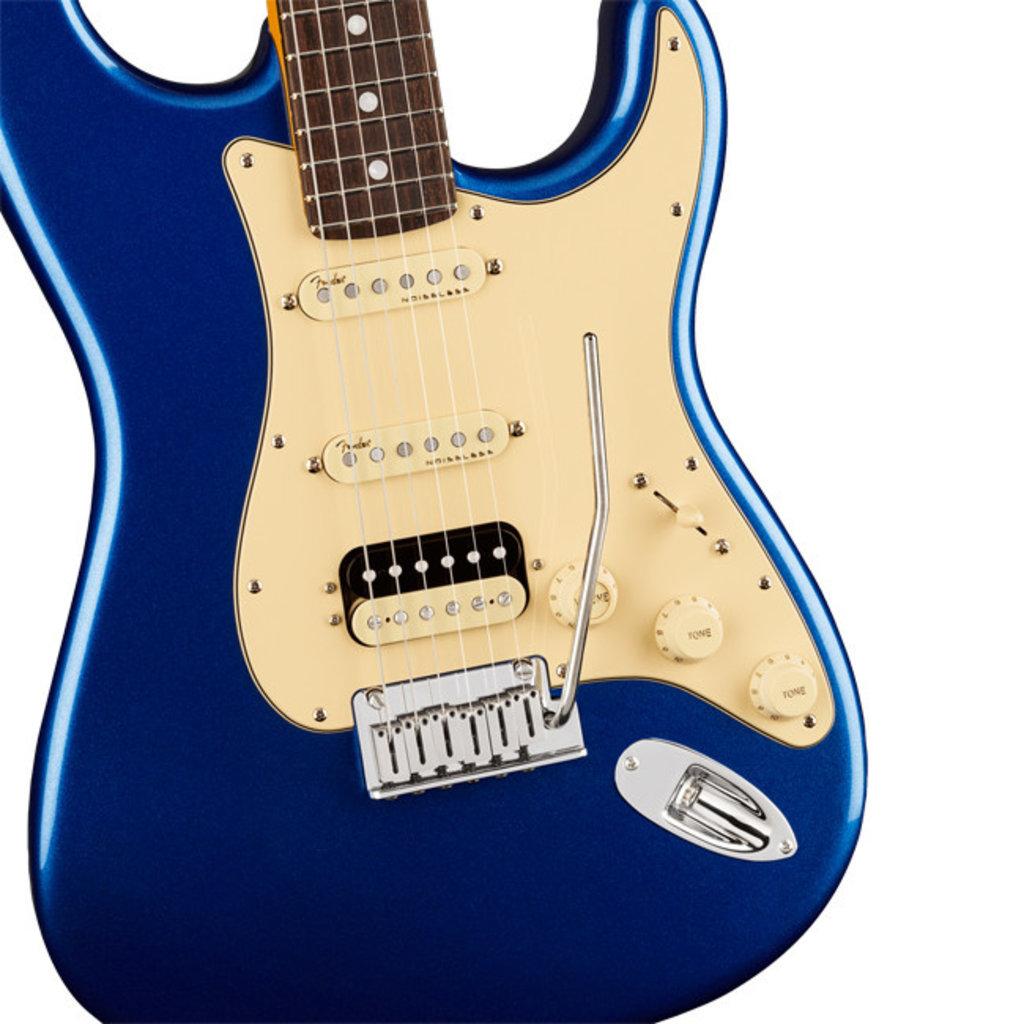 Fender Fender American Ultra Stratocaster HSS RW Cobra Blue