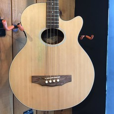 Consignment Consignment Guild B4CE-Nat Acoustic Bass w/Hard Case