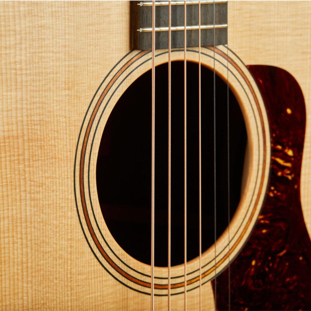 Taylor Guitars Taylor AD17 Acoustic Guitar - Natural