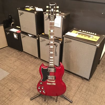 Consignment Consignment Epiphone SG Pro Cherry Left w/gig bag