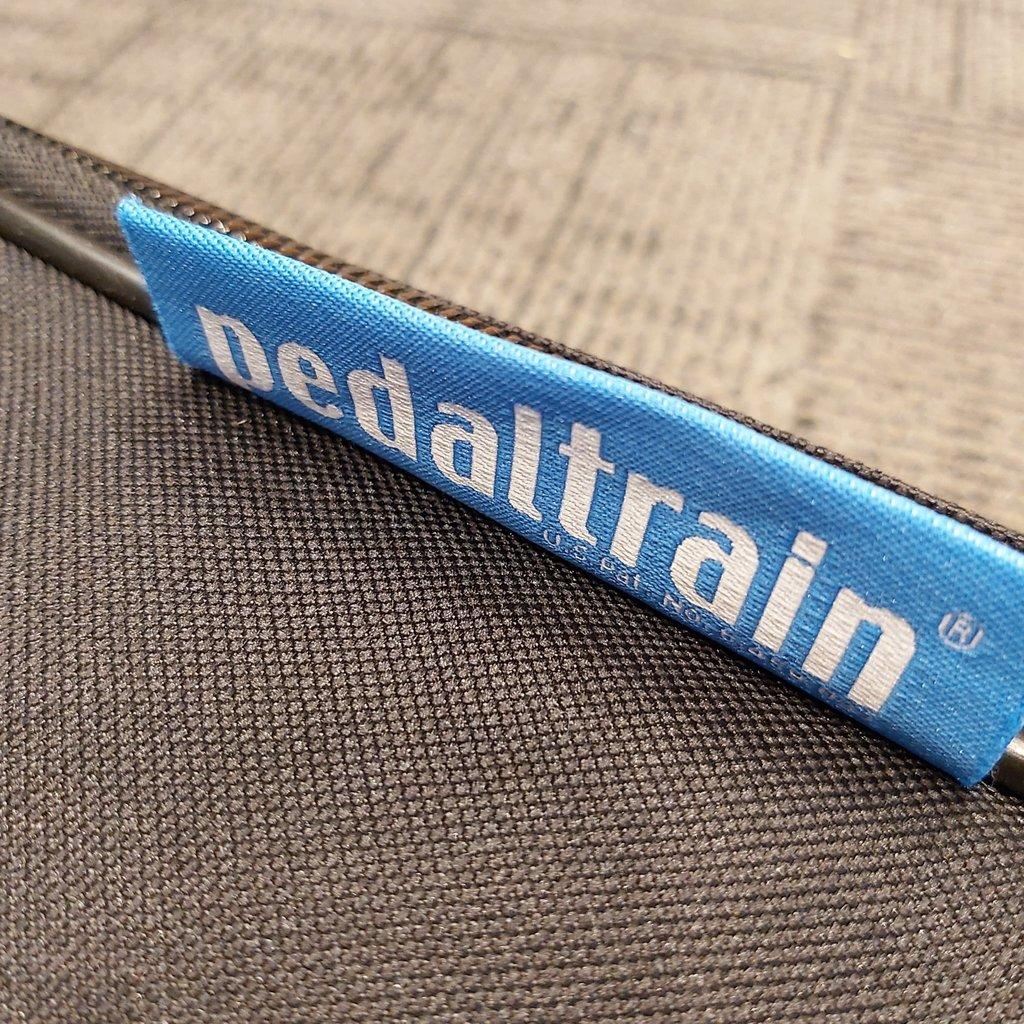 PEDALTRAIN Used  Pedaltrain Novo 32 Pedalboard