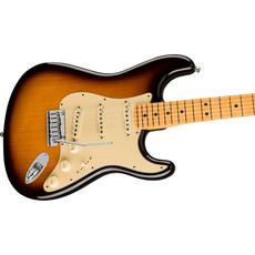Fender Fender American Ultra Luxe Stratocaster, Maple Fingerboard, 2- Color Sunburst