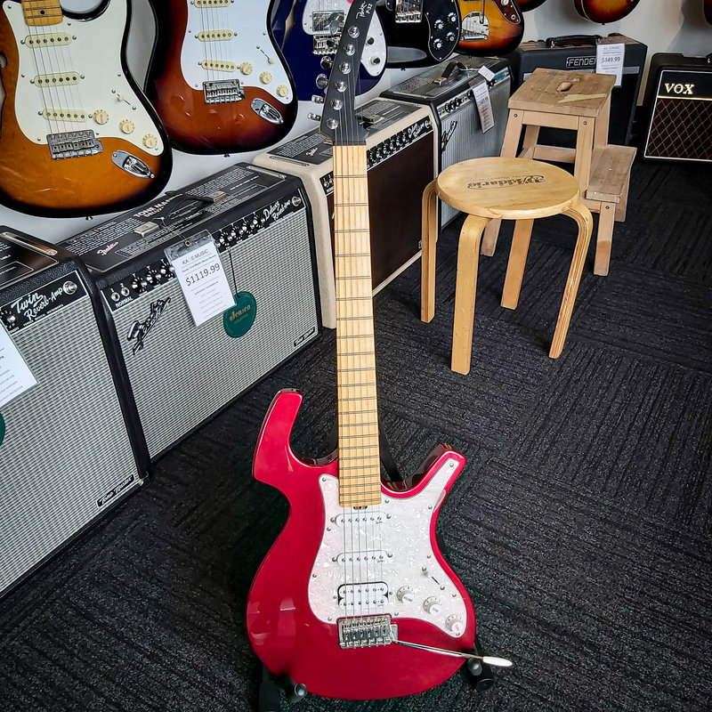 Parker Guitars Consignment Parker Fly P-32 Electric Guitar - Red