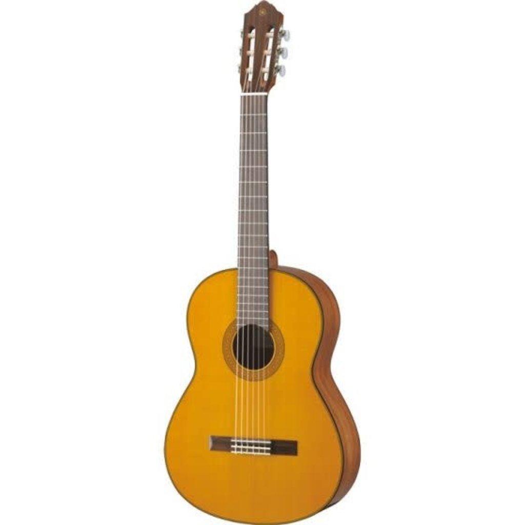 Yamaha Yamaha CG142C Classical Guitar