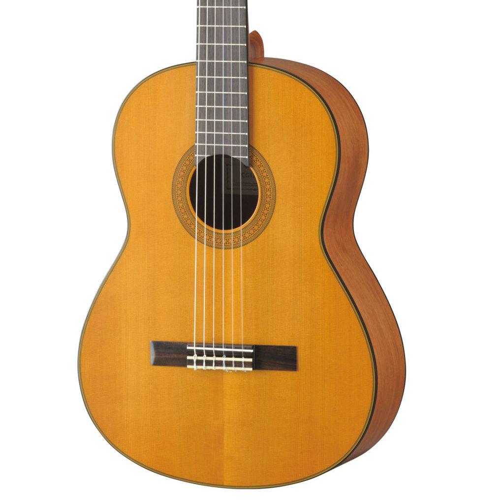 Yamaha Yamaha CG122MC Classical Guitar