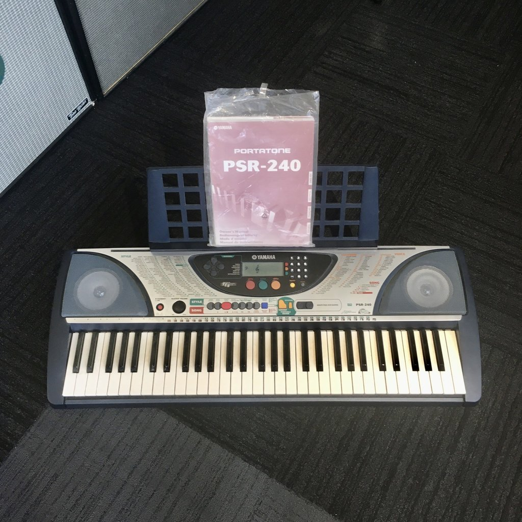 Yamaha Consignment/Used Yamaha PSR-240 Keyboard