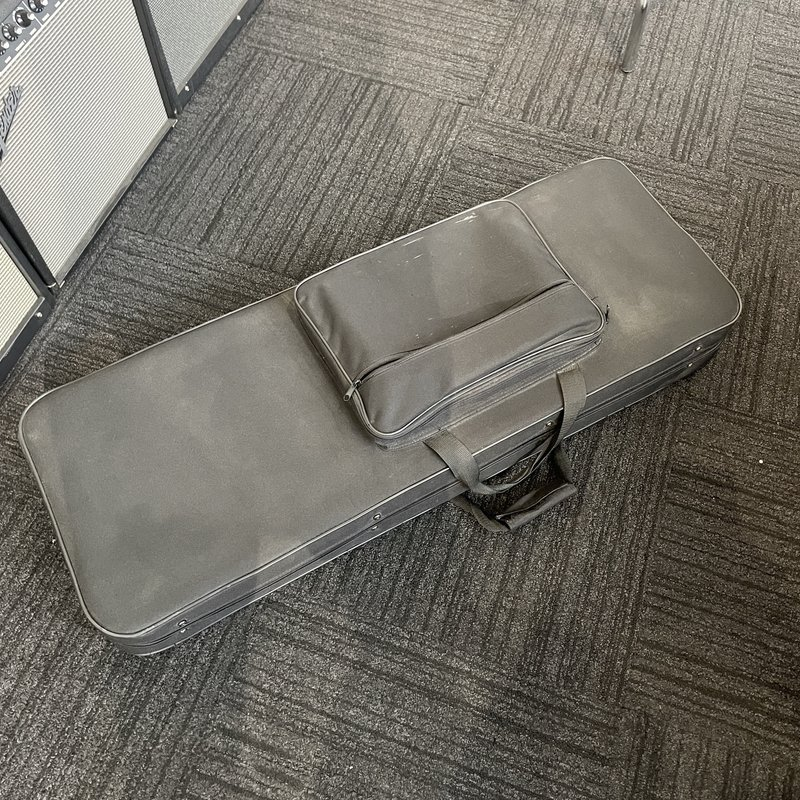 Consignment /Used Electric Guitar Case