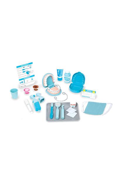 Super Smile Dentist Play Set M&D