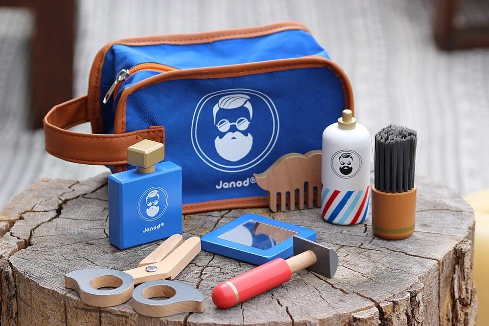 Janod Shaving Kit Wood-2