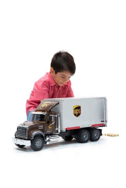 Bruder UPS Mack Logistik Truck