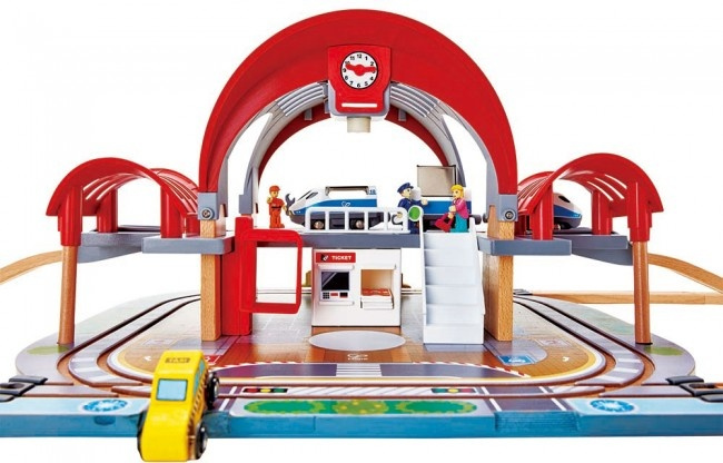 Hape Train Grand City Station-2